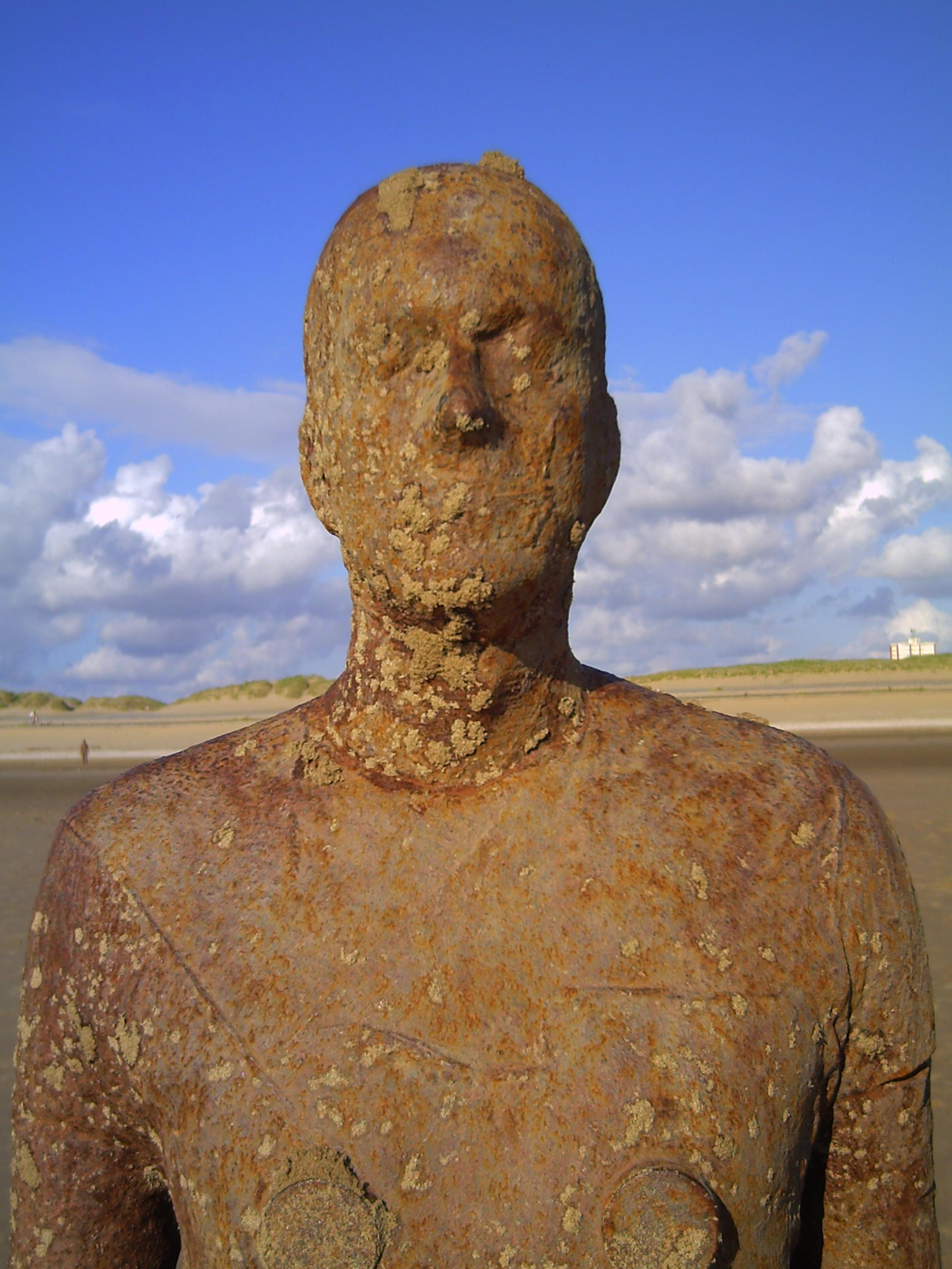 Statue1_3
