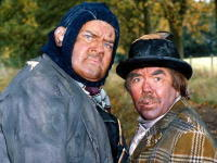 Two_ronnies_1